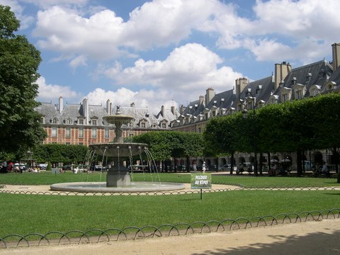 Paris, place des Vosges - Paris-Ile de France